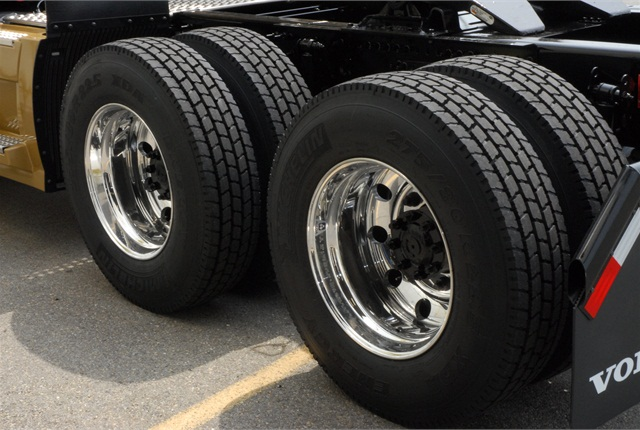 Dual tires for light truck use mozeypictures Images